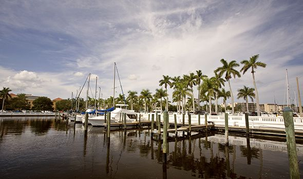 picture of a marina used on the serious injuries page on Heintz & Becker, a law firm with offices in Sarasota and Bradenton